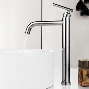 Arbeitsplatte Waschbecken Wasserhähne Chrom