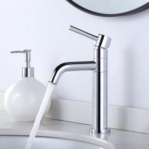 ARCORA Waschtischarmatur, 360° schwenkbar Küchenarmatur mit 2 Schläuche Wasserhahn Bad mit Keramik Kartusche auslaufsicher haltbar Waschbeckenarmatur geeignet für Küche Badezimmer Gäste WC, Chrom